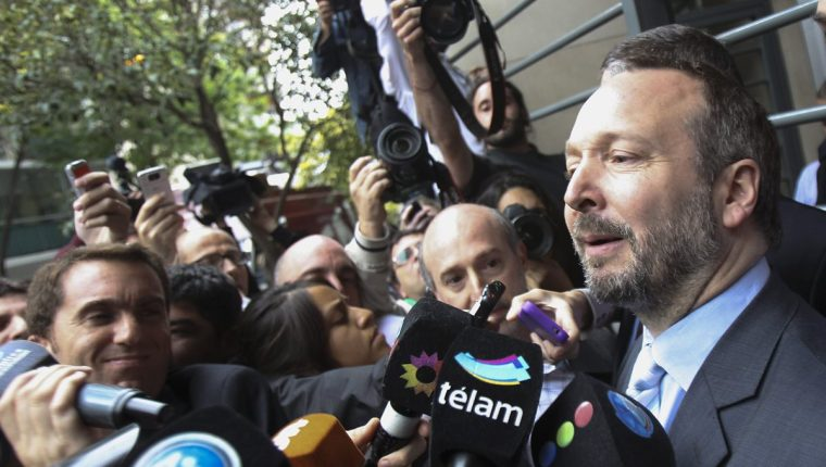 El extitular de la Autoridad Federal de Servicios de Comunicación Audiovisual (Afsca), Martín Sabbatella. (Foto Prensa Libre: EFE).