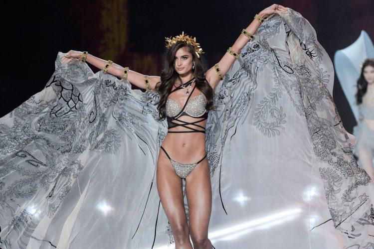 La modelo estadounidense Taylor Hill se presenta en pasarelas asiáticas