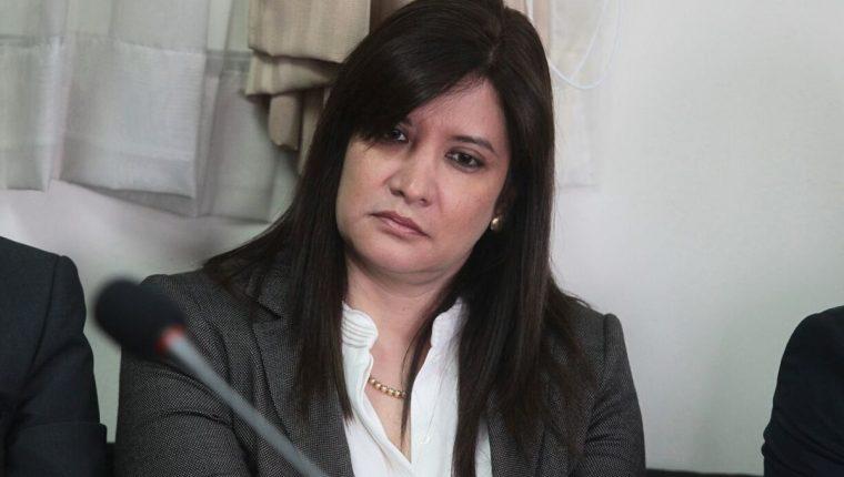 Lissette Pérez Leal busca retirar el embargo de sus cuentas bancarias. (Foto Prensa Libre: Álvaro Interiano)