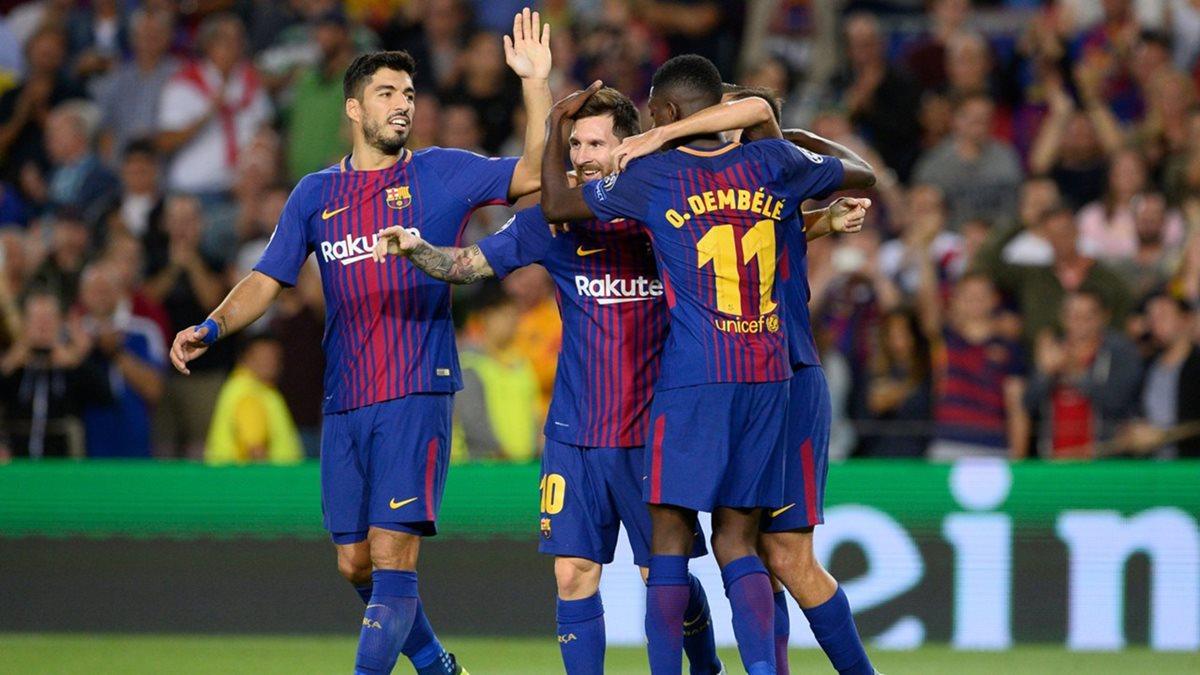 El goleador Suárez (izquierda) y Dembélé conviven en el Barcelona. (Foto Prensa Libre: Redes)