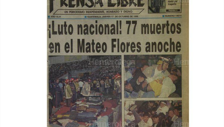 Portada de Prensa Libre en la cual se aprecia la magnitud de la tragedia en el cual preliminarmente se daba a conocer la cifra de 77 aficionados muertos. (Foto: Hemeroteca PL)