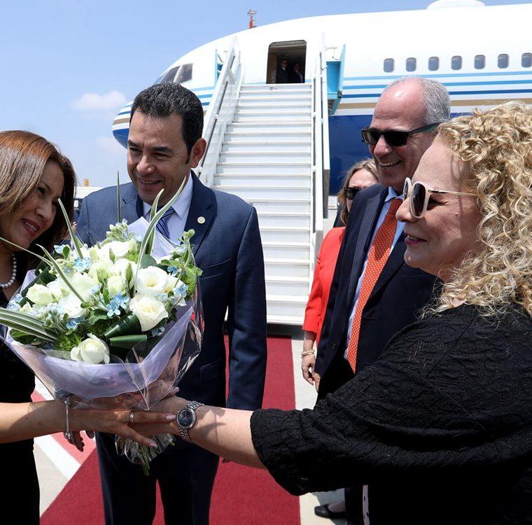 El Gobierno no ha proporcionado información sobre el costo del viaje de la comitiva para el acto de inauguración de la embajada en Jerusalén. (Foto Prensa Libre: Hemeroteca PL)