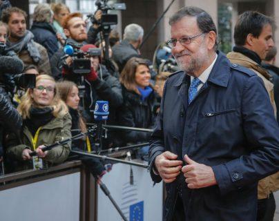 Mariano Rajoy seguirá en el poder en España, aunque afronta gran divisionismo. (Foto Prensa Libre: AFP)