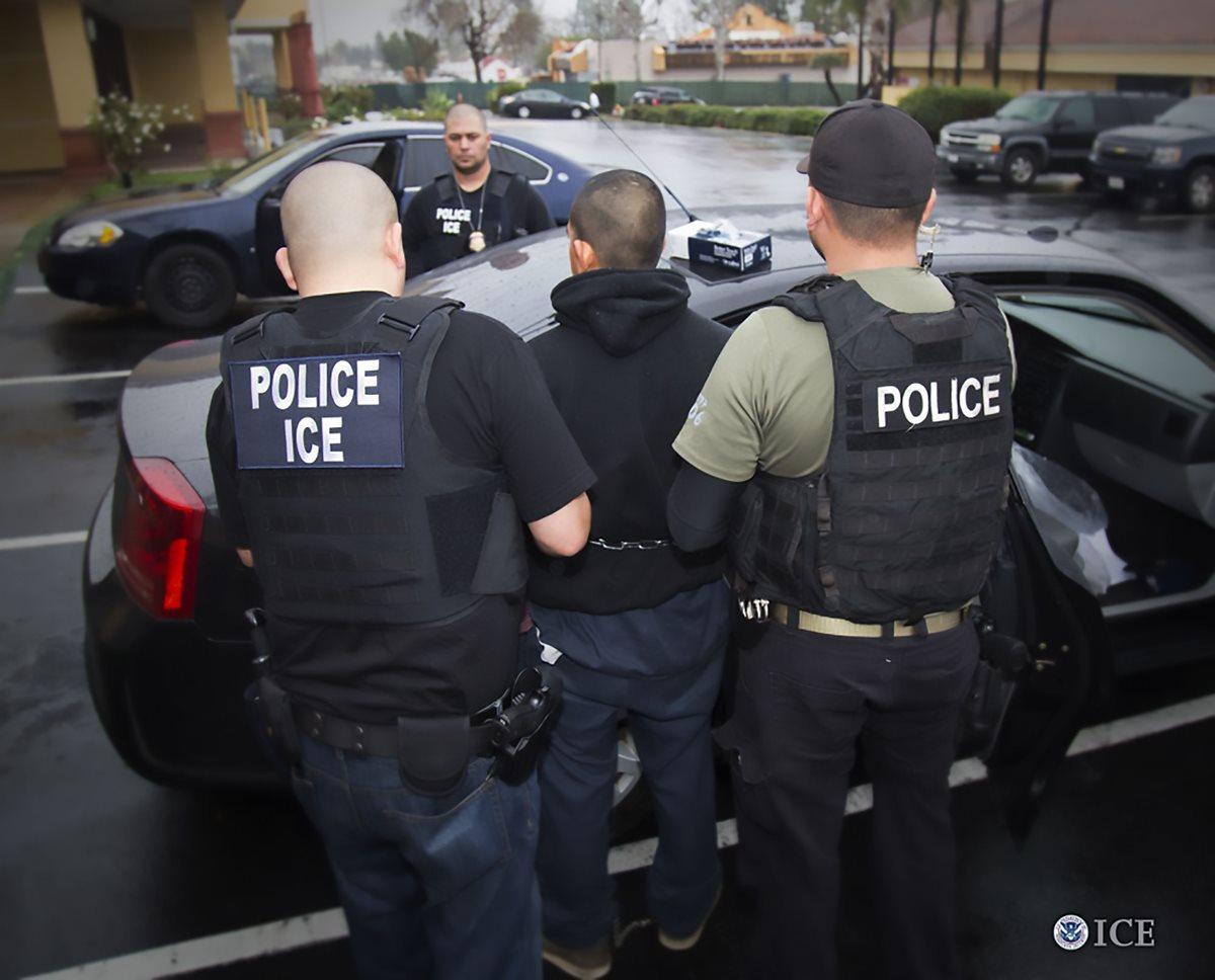"""ICE arresta a """"dreamer"""" mexicano en Seattle"""