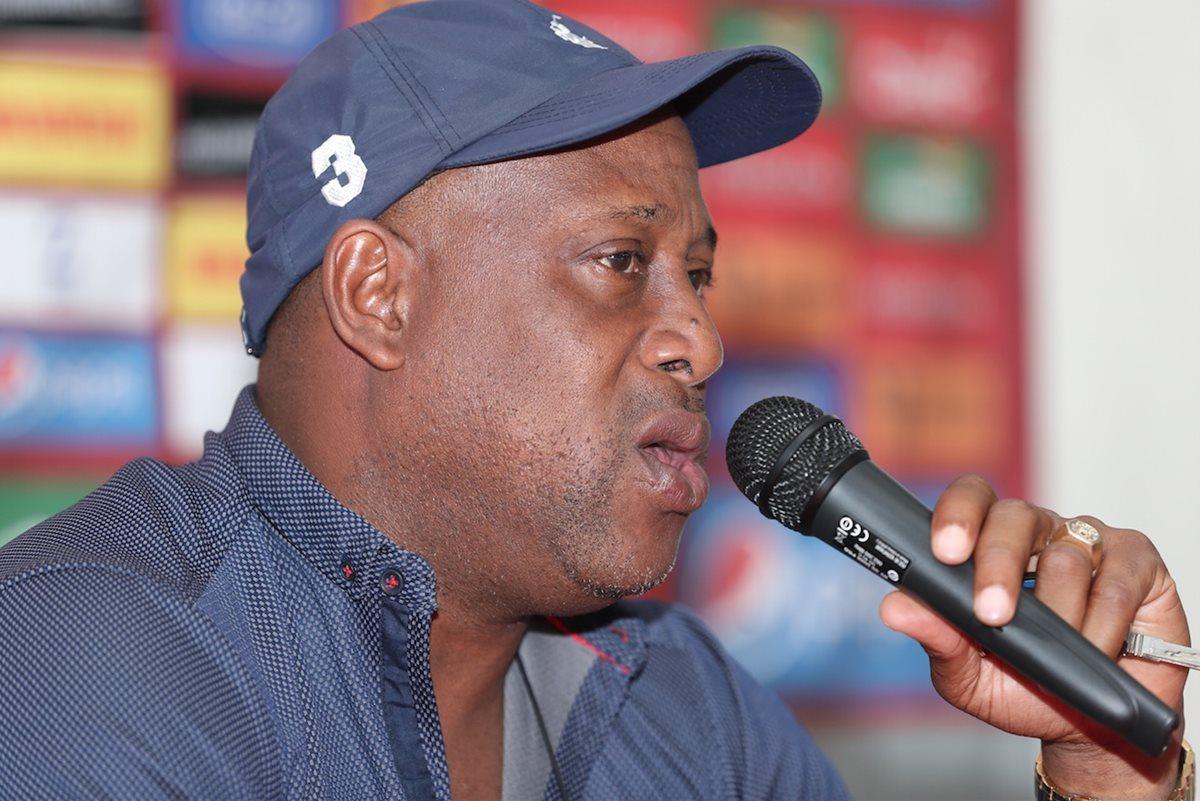 Medford se autopostula para ser el nuevo entrenador de la Selección de Costa Rica