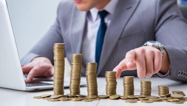 Gasto e inversión no se aplican solamente a cuestiones monetarias, también incluye calidad de vida, relaciones personales y laborales y uso del tiempo y recursos.