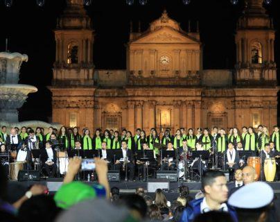 Se calcula que a la séptima edición del Festival Navideño del Paseo de la Sexta tendrá 3.5 millones de visitantes. (Foto Prensa Libre: Carlos Hernández Ovalle)