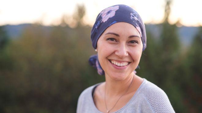 Los cuerpos requieren glucosa para obtener energía, pero los tumores cancerígenos también la usan para alimentar su crecimiento. (GETTY IMAGES)