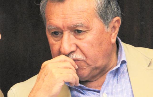 Emiten orden de captura contra el diputado Édgar Ovalle