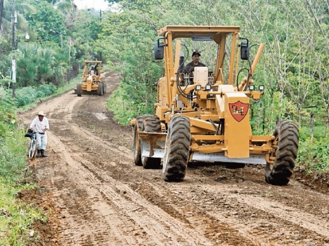 Las municipalidaDes  tienen mayores asignaciones para la ejecución de obras.
