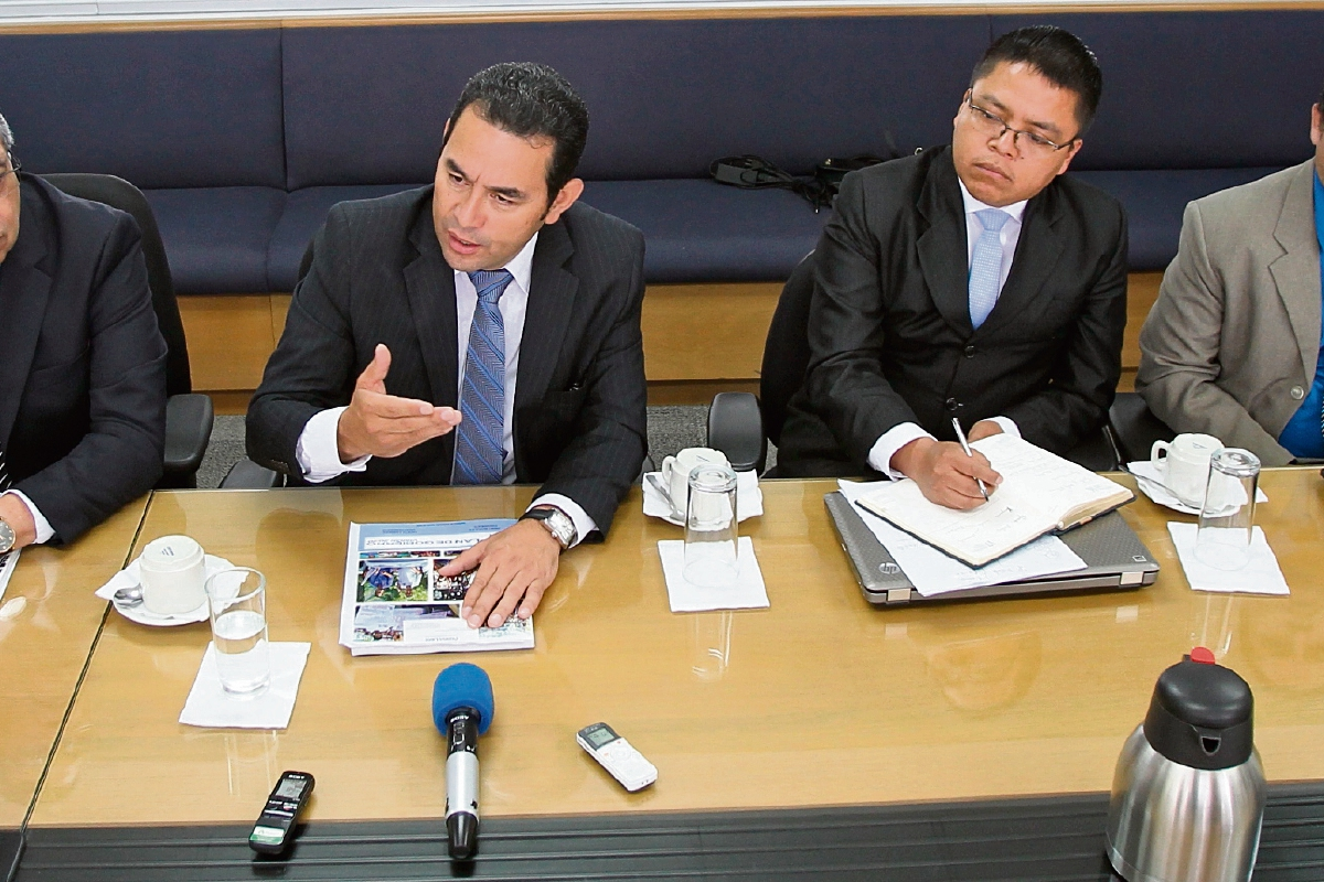 Jimmy Morales promete puertas abiertas y más participación