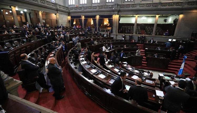 El intento de reformar el artículo 21 Ter k de la Ley Electoral fracasó hoy en el pleno del Congreso. (Foto Prensa Libre: Hemeroteca PL)