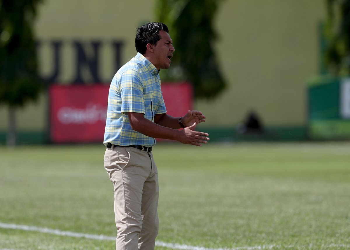 Amarini Villatoro va por su segundo título de la Liga Nacional con Guastatoya. (Foto Prensa Libre: Carlos Vicente)