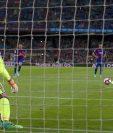 Javier Mascherano anotó su primer gol desde el punto penalti. (Foto Prensa Libre: EFE)