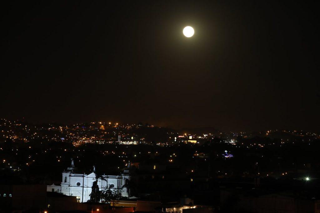 La luna llena de esta noche marca el inicio del solsticio de invierno.