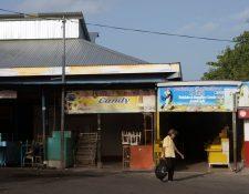 """Los puestos en el mercado """"Roberto Huembes"""" en Managua permanecen cerrados durante el paro nacional de 24 horas. (Foto Prensa Libre:AFP)"""