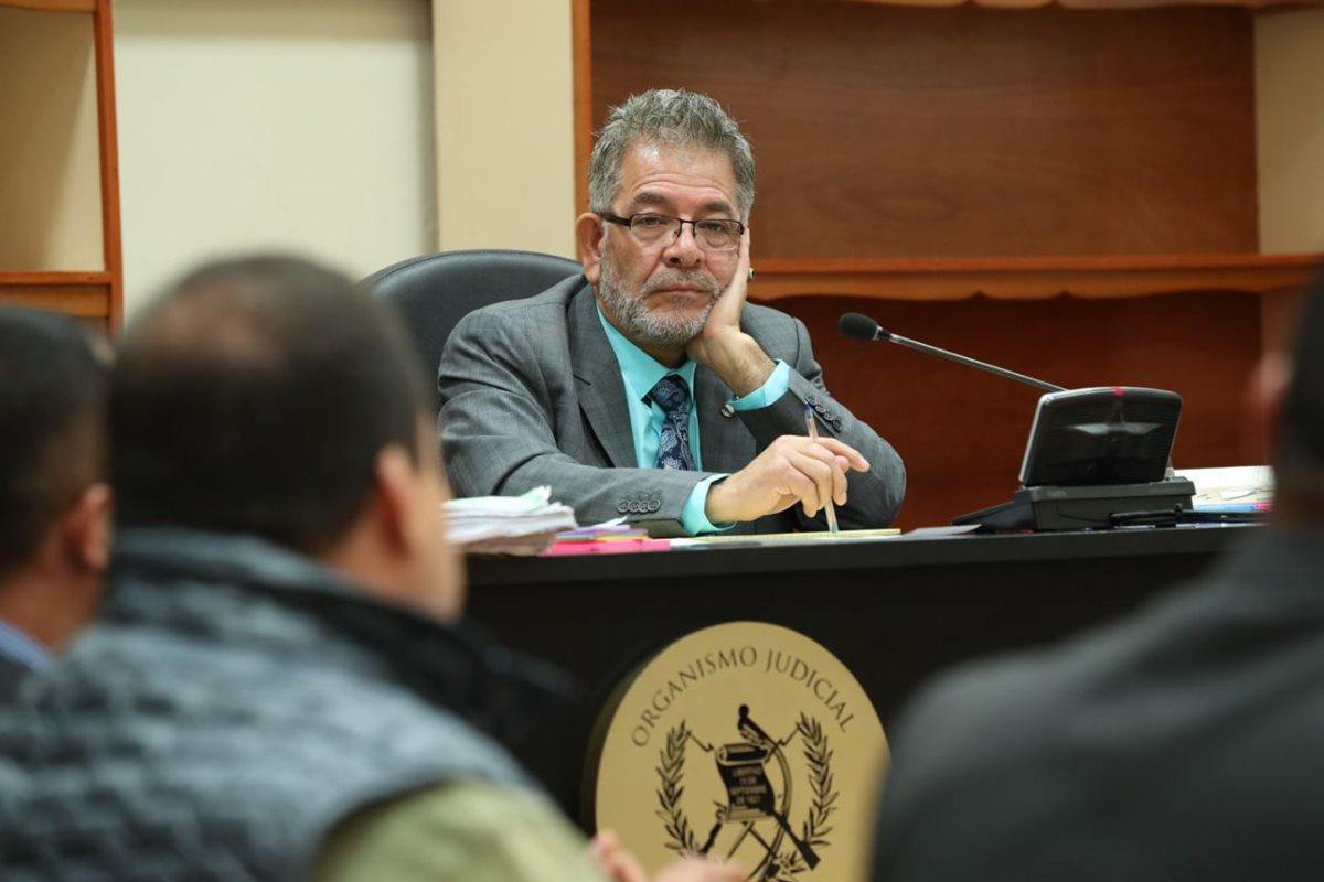 Diputado Julio Juárez, sindicado por el homicidio de dos periodistas, consigue postergar audiencia