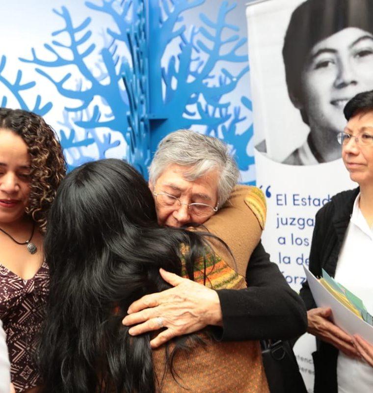 La familia Molina Theissen agradeció la solidaridad de las personas. (Foto Prensa Libre: Álvaro Interiano)