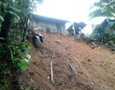 El jueves último, un deslave sorprendió a vecinos de Chesuc, Chanchicupe, Tajumulco, San Marcos. (Foto Prensa Libre: Whitmer Barrera)