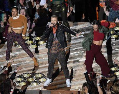 Justin Timberlake protagonizó una escena cómica en el reciente Super Bowl. (Foto Prensa Libre: AFP)