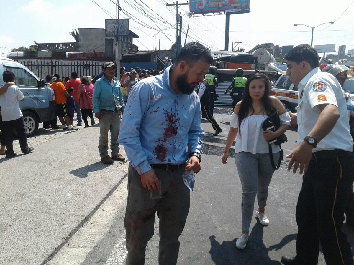 Se reportan varias personas heridas en el accidente