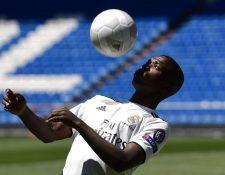 Vínicius anhela hacerse con un puesto en el cuadro absoluto del Real Madrid. (Foto Prensa Libre: AFP)