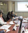Víctor Martínez, viceministro de Finanzas, expone a diputados del bloque Alianza Ciudadana el plan de gasto 2017.