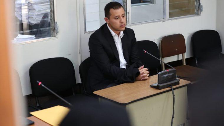 Marvin Giovanni Aldana Azurdia, detenido hoy, será indagado por juez el 26 de diciembre. (Foto Prensa Libre: Carlos Hernández)