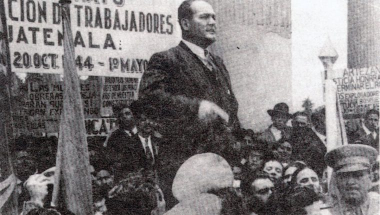 Juan José Arévalo durante un mitin. (Foto: Hemeroteca PL)