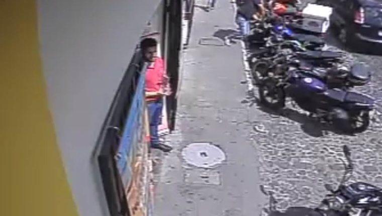 Lugar donde ocurrió el robo en Antigua Guatemala. (Foto Prensa Libre: Tomada de Facebook).