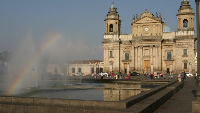 Catedral Metropolitana de la ciudad de Guatemala. (Foto: Hemeroteca PL)