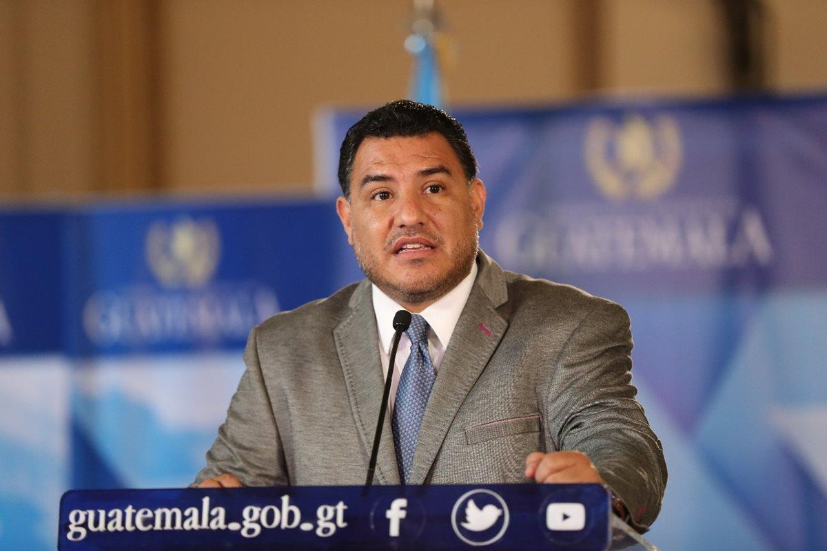 El ministro de Ambiente, Alfonso Alonzo deberá presentarse a la interpelación programada para el 15 de mayo del 2018 en el Congreso de la República. (Foto Prensa Libre: Hemeroteca)