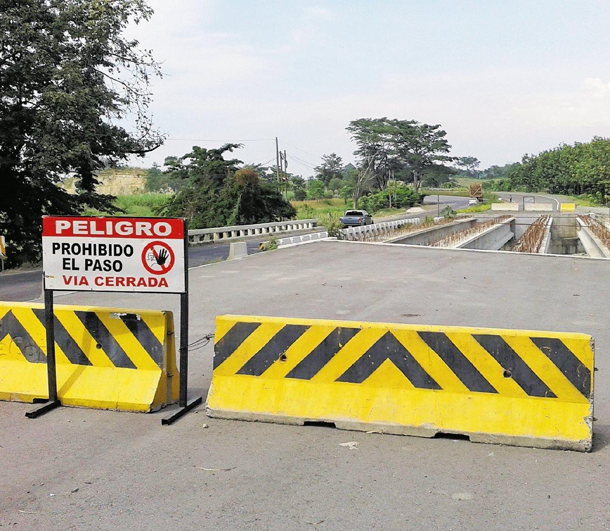 Pese a que la carretera contemplaba el financiamiento de dos créditos, en el camino se cambiaron los términos por lo que nunca se cumpliría con los kilómetros previstos. (Foto Prensa Libre: Hemeroteca PL)