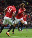 Así festejó Fellaini el gol que le dio el triunfo al Manchester United. (Foto Prensa Libre: AFP)