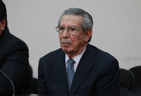 El juicio contra Ríos  Montt se atrasará.