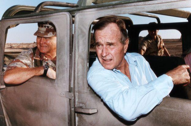 Bush logró ejecutar una rápida operación en la Guerra del Golfo. GETTY IMAGES