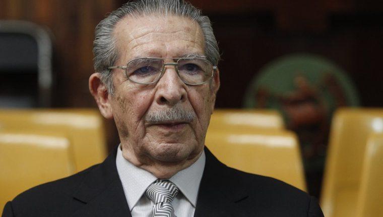 Efraín Ríos Montt tiene abierto un proceso por ejecución de ixiles durante el conflicto armado. (Foto Prensa Libre: Hemeroteca PL)
