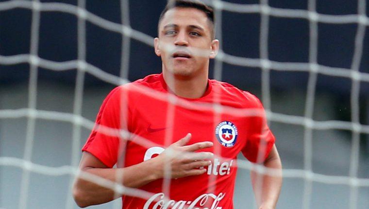 El artillero chileno Alexis Sánchez, busca resurgir con su selección. (Foto Prensa Libre: EFE)