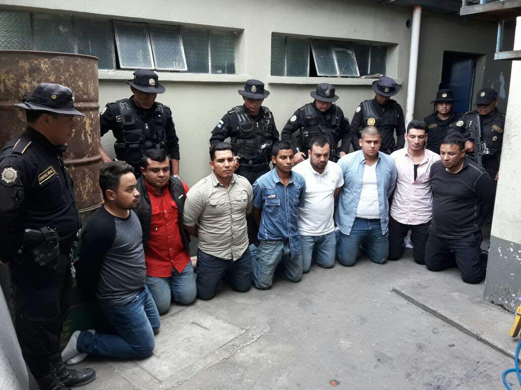 Ocho capturados por allanamientos ilegales, unidad de la PNC podría estar involucrada