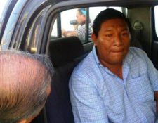 El tesorero de la municipalidad de Jutiapa Edwin Galicia fue detenido por peculado y lavado de dinero. (Foto Prensa Libre: Óscar González)