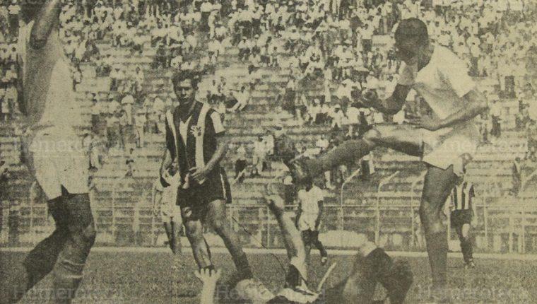 Aurora se coronó campeón de Centroamérica al derrotar al Olimpia de Honduras en 1968. (Foto: Hemeroteca PL)