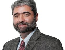 Roberto Ardón *