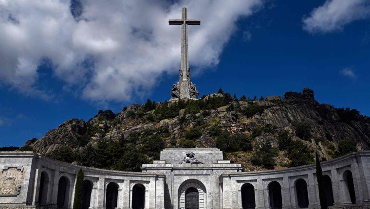 Mausoleo donde están los restos de Francisco Franco. (Foto Prensa Libre: EFE)
