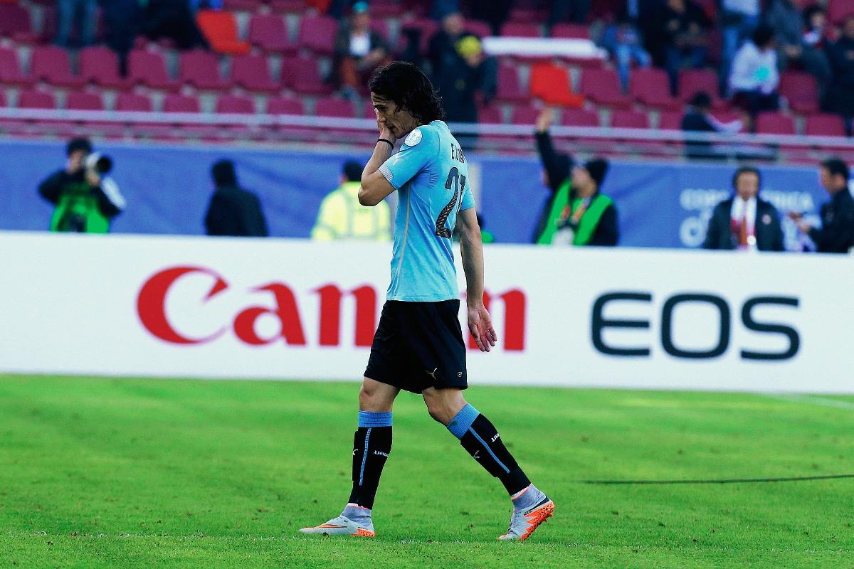 El ex-jugador del Nápoli y que ahora milita en el PSG, no ha demostrado su mejor futbol en la Copa América 2015. (Foto Prensa Libre: AP)