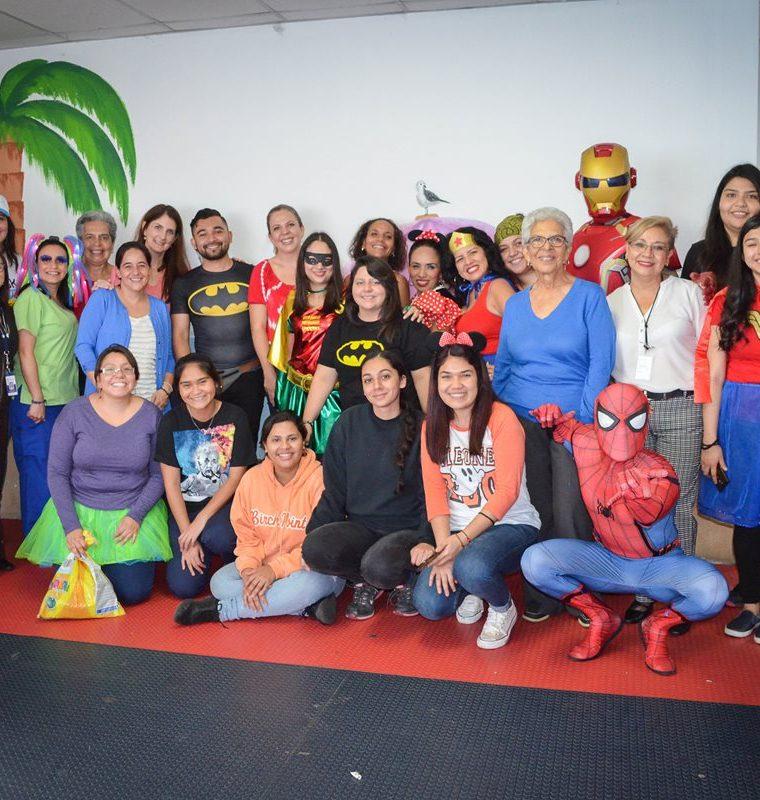 La actividad fue organizada por voluntarios y unas cinco empresas e instituciones. (Foto Prensa Libre: Silvia Aguilar)