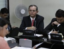Carlos Pinzón comparece en el Juzgado Quinto para declarar en el caso Redes. (Foto Prensa Libre: Paulo Raquec)