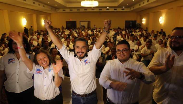 El diputado, Javier Hernández, fue electo secretario general del partido FCN-Nación en su Asamblea Nacional de este domingo. (Foto Prensa Libre: É. Ávila)