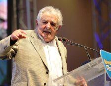 """""""A los que les gusta mucho la plata, ha que correrlos de la poítica"""", dijo el expresidente Mujica. (Foto Prensa Libre. E. García)"""