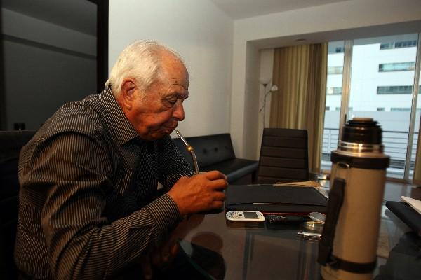 """Aníbal Ruiz dirige Municipal y espera conseguir el título nacional guatemalteco. (Foto Prensa Libre: Eddy Recinos)<br _mce_bogus=""""1""""/>"""