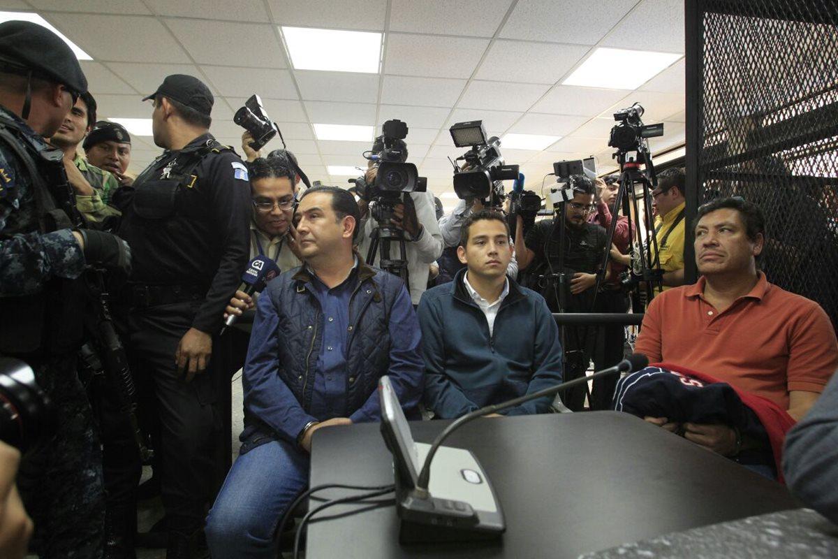 Samuel Morales y José Manuel Morales Marroquín, hermano e hijo del mandatario Jimmy Morales, están enjuiciados en el caso Botín Registro de la Propiedad. (Foto Prensa Libre: Hemeroteca PL)